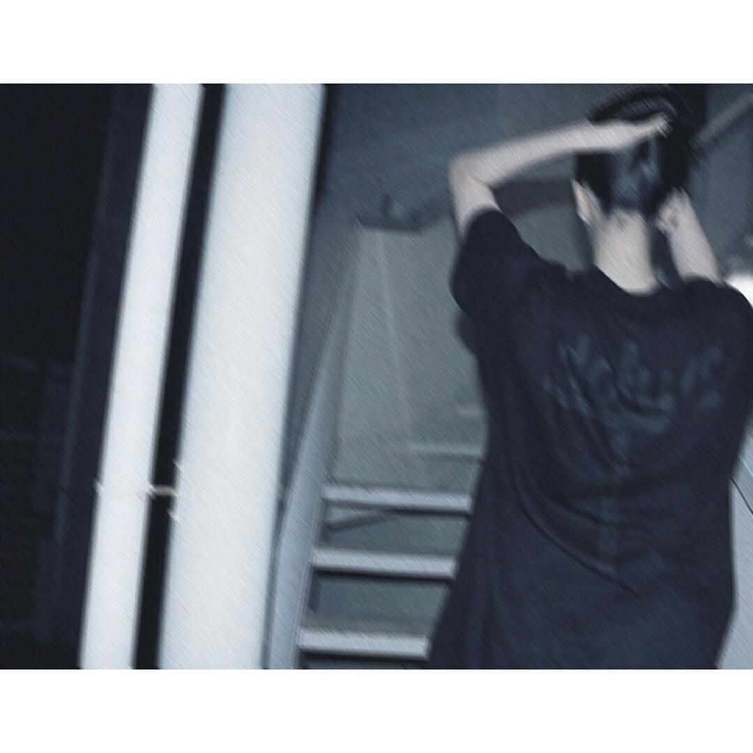 帆乃花がidolumのTシャツ着用