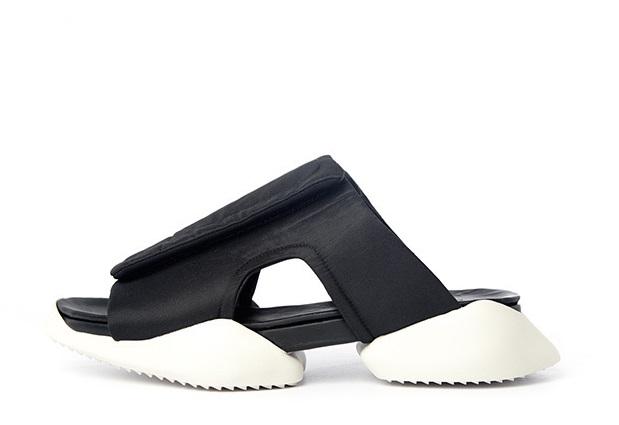 adidasとリック・オウエンスのコラボ商品 クロッグ