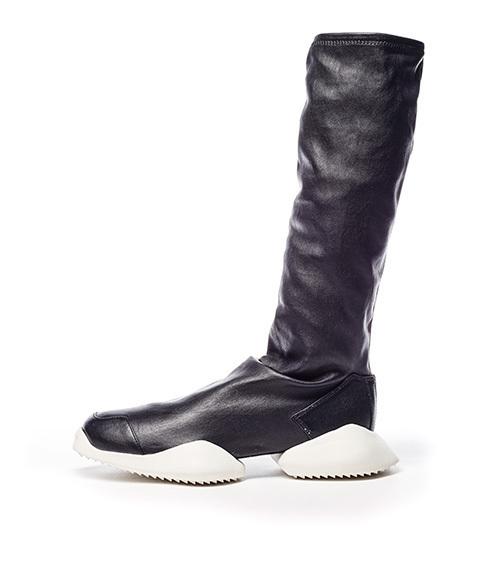 adidasとリック・オウエンスのコラボ商品 ランナー ストレッチブーツ