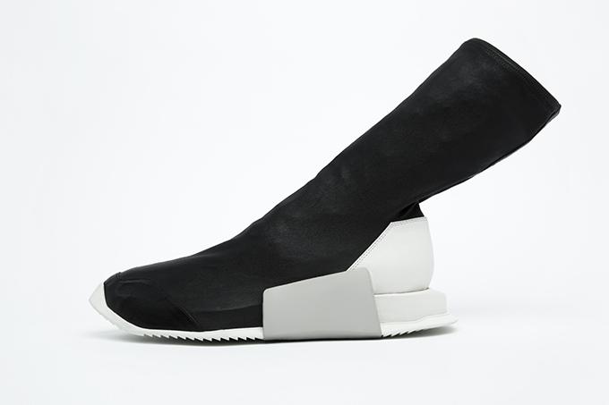 adidasとリック・オウエンスのコラボ商品 レベルランナーハイ