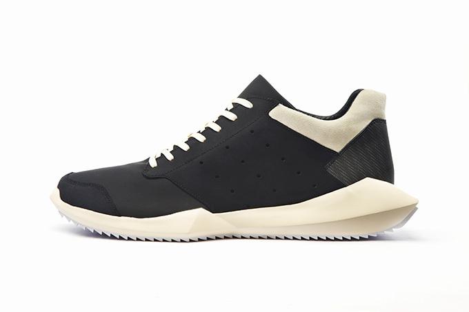 adidasとリック・オウエンスのコラボ商品 テックランナー
